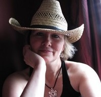 Charlotte Copper, author of the paranormal romance, Silver Blade