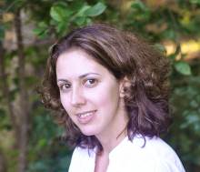 Isabelle Flynn, author of The Bartender's Daughter, a contemporary romance