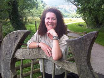 Rachel Brimble, Author of What Belongs To Her, a Harlequin contemporary romance
