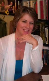 Cait Jarrod, Author of Entangled Love, a romantic suspense