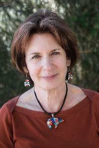 Andrea Downing, author of Dances of the Heart, a contemporary women's fiction romance